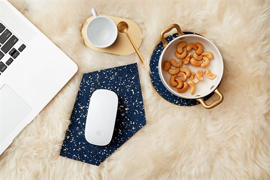 ID-Arielle-Assouline-Lichten-Slash-Objects-GEM-rubber-mousepad